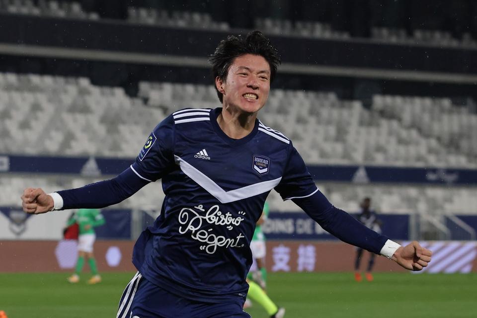 황의조가 두 경기 만에 시즌 2호 골을 터뜨렸다. [출처: 중앙일보] 황의조, 2경기 만에 시즌 2호골