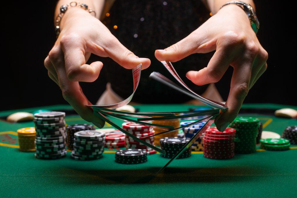 드로 포커 에 온라인 카지노 (Draw Poker)란?